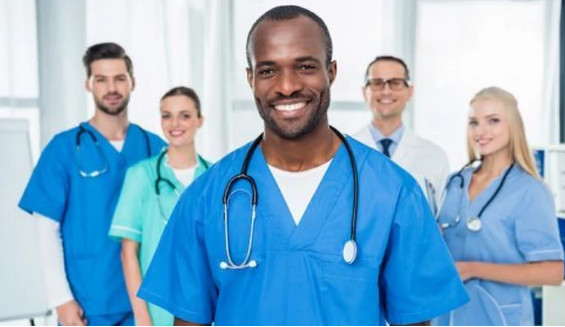 Besoin urgent d'infirmiers, d'aide-soignants, de pharmaciens et de médecins francophones pour postes en France !