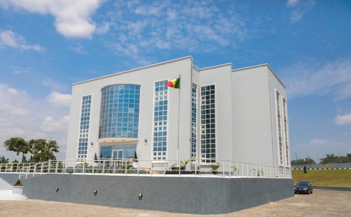 Abuja : Le président Macky Sall inaugure la nouvelle chancellerie du Sénégal au Nigeria.