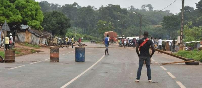 Machettes, gourdins et violences ethniques à Bongouanou, à 15 jours de la présidentielle ivoirienne