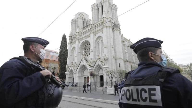 Attaque à Nice: l'assaillant, un migrant tunisien de 21 ans, était inconnu des services
