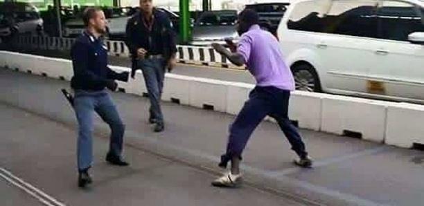 Italie : Arrêté avec 24 boulettes de cocaïne, un Sénégalais frappe les policiers
