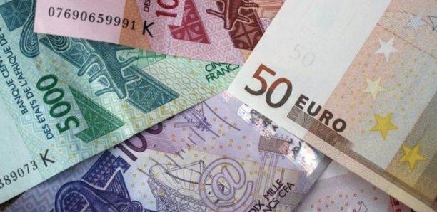 100 millions en faux billets : Un déclarant en douane, un transitaire et un footballeur arrêtés par la DIC