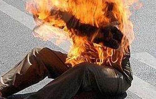 Deux Sénégalais  menacent de s'immoler pour…
