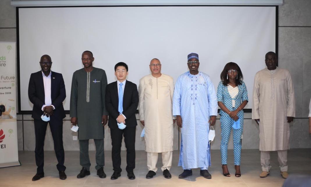 TIC au Sénégal : Huawei lance le programme de formation Seeds For the Future, 30 talents en TIC bénéficiaires