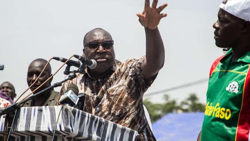 Burkina Faso: les candidats à la présidentielle partent en campagne
