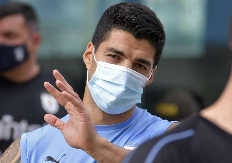 Covid: Luis Suarez va manquer Uruguay-Brésil et ses retrouvailles avec le Barça