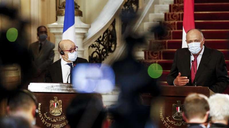 Égypte: la France «préoccupée» par l'arrestation d'un militant des droits de l'homme