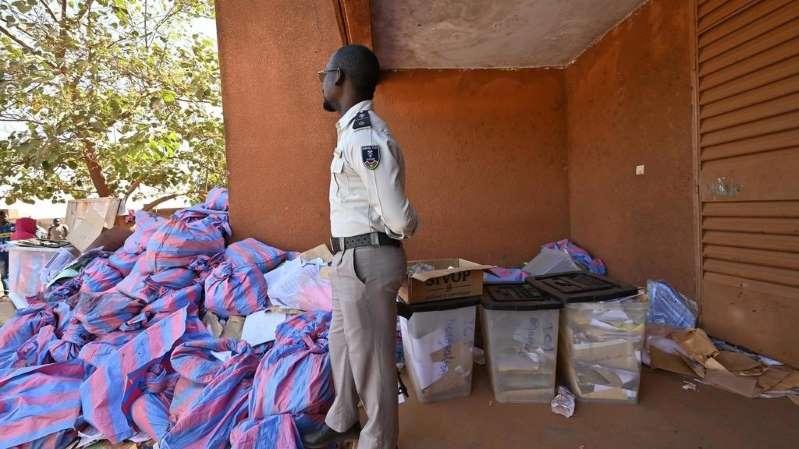 Présidentielle au Burkina Faso : le gouvernement met en garde contre «toute dérive»