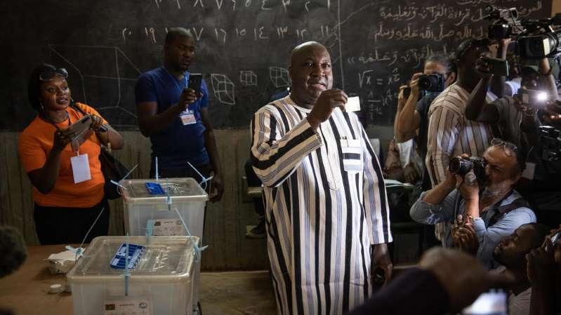 Présidentielle au Burkina Faso : le chef de l'opposition Zéphirin Diabré concède sa défaite