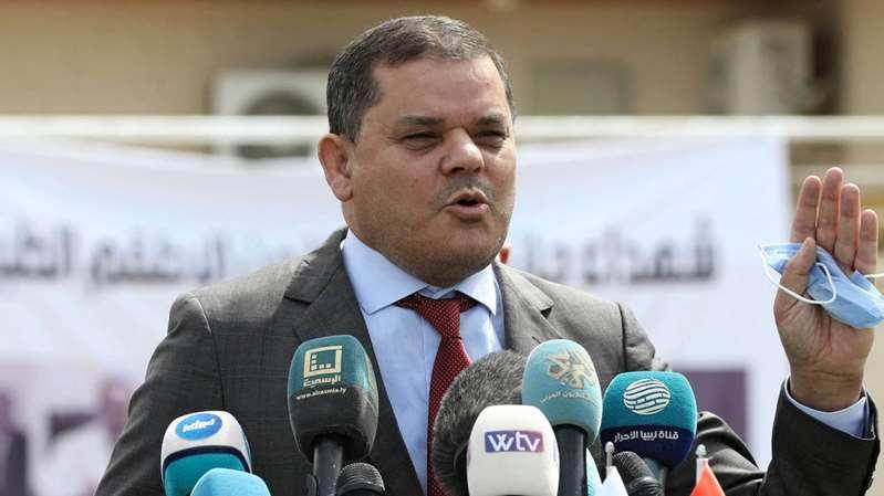 Le Premier ministre libyen Dbeibah se rend en Turquie avec une imposante délégation