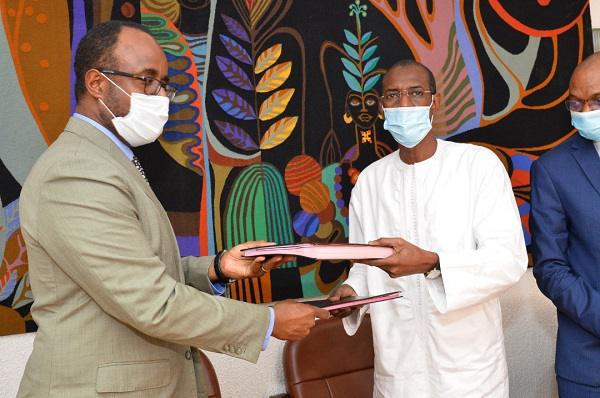 Accès Universel à l'Électricité au Sénégal : une Table ronde des bailleurs de Fonds pour son Financement