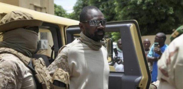 Mali : Le colonel Goïta annonce avoir démis le président et le Premier ministre de transition