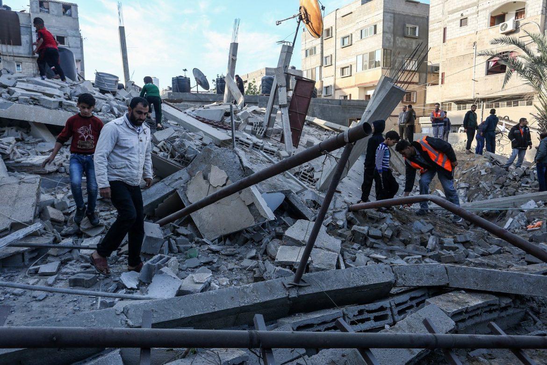 Violences au Proche-Orient: deux Israéliennes tuées dans des tirs de roquettes depuis Gaza