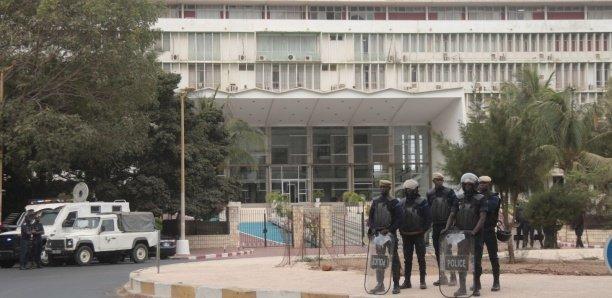 L'Assemblée nationale et ses alentours bunkerisés : Vers un vendredi de tous les dangers