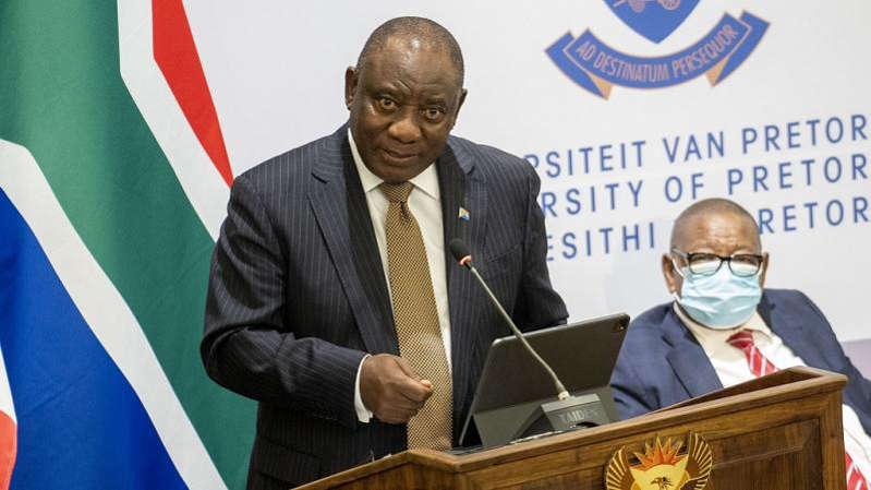 Coronavirus: l'Afrique du Sud durcit les restrictions pour lutter contre le variant Delta
