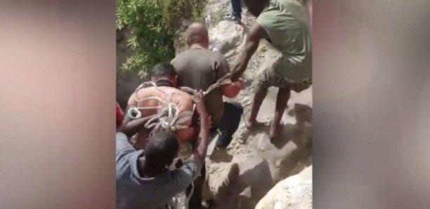 [Video] Mort du président en Haïti : la population traque et livre à la police deux suspects