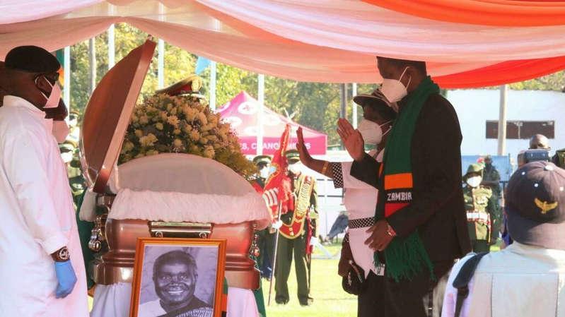 Zambie: hommages unanimes à Kenneth Kaunda, dernier héros des indépendances africaines