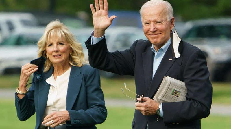 Joe Biden convie des soignants à la Maison Blanche pour fêter l'»indépendance face au virus»
