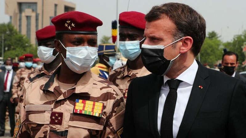 Tchad: Mahamat Idriss Déby rencontre Emmanuel Macron lors d'une visite de travail à Paris