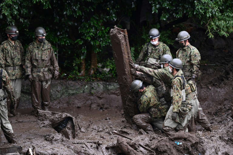 Coulée de boue au Japon: des dizaines de personnes toujours introuvables