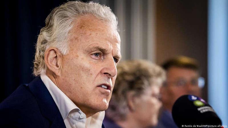 Le journaliste néerlandais Peter R. de Vries entre la vie et la mort