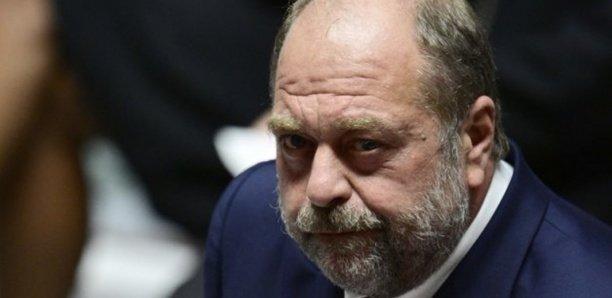 Omission de 300.000 euros de revenus : Eric Dupond-Moretti se défend devant la presse