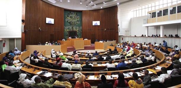 Assemblée nationale : La 13e Législature a fait une seule proposition de loi (contre 149 projets) en 4 ans !