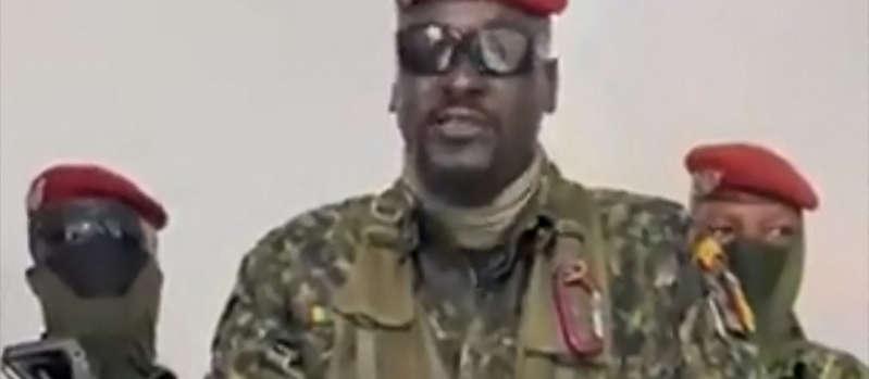 Guinée : réactions et questions après le coup de force des militaires