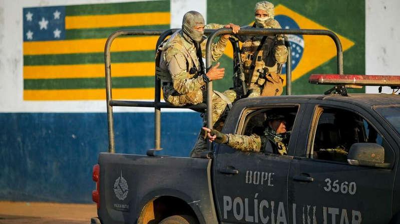 Au Brésil, la police militaire entre devoir de réserve et soutien inconditionnel à Jair Bolsonaro